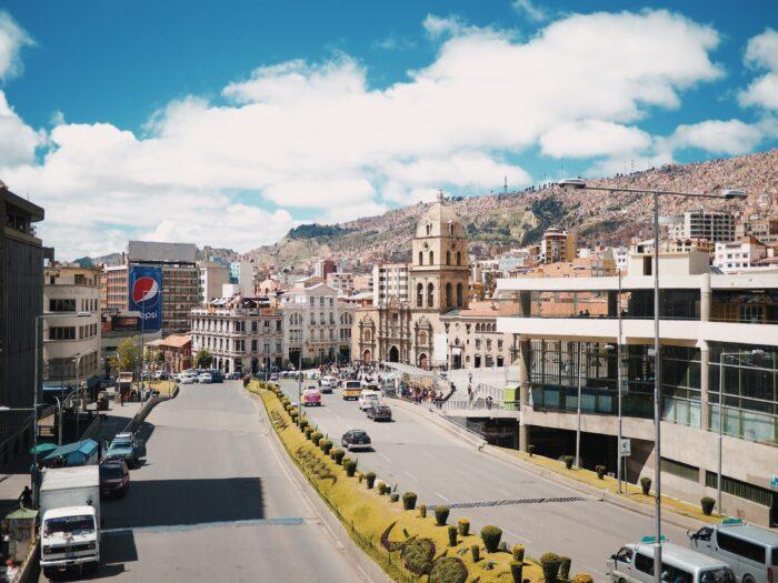 ボリビアの首都ラパスの風景