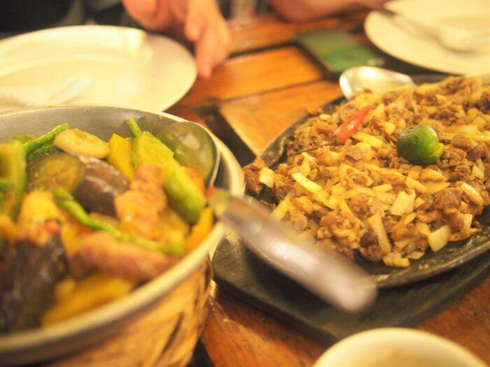 フィリピンのシシグ